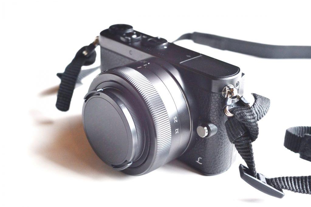ミラーレスカメラを購入して後悔する理由と対策